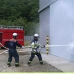 消防検査放水状況01