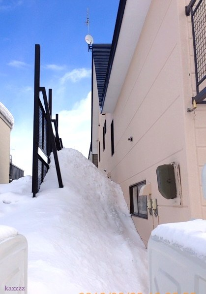 屋根落雪03
