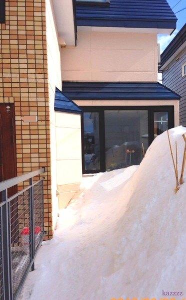 屋根落雪04