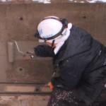 建築物の、腰壁コンクリート部分に、防水材を塗りました!